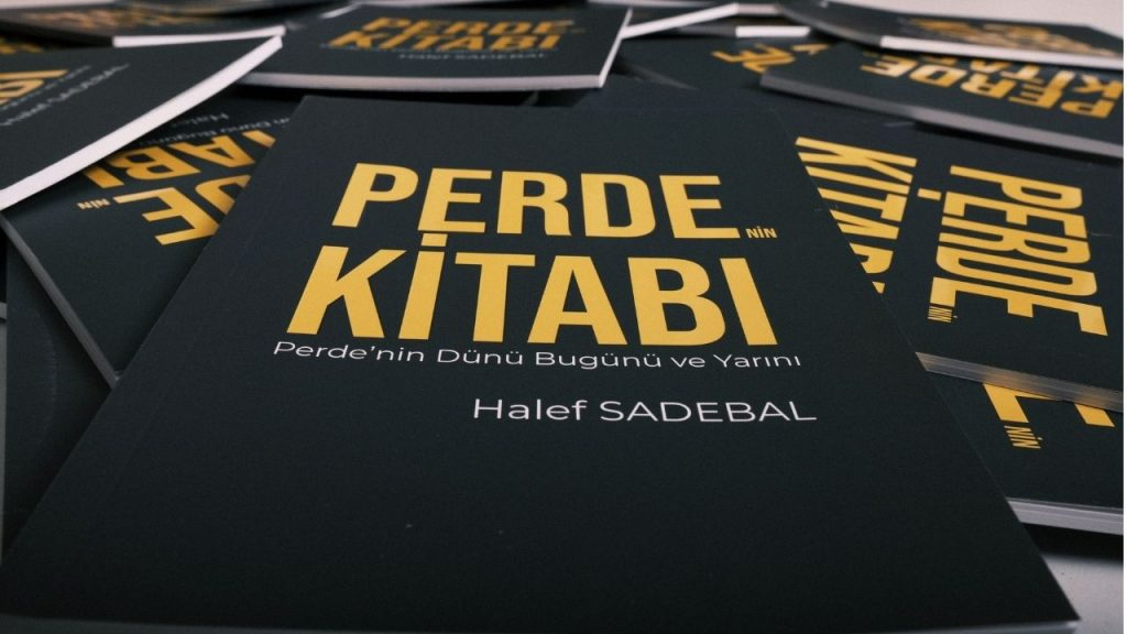 Perde'nin Kitabı